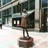 Mary Tyler Moore statue back up downtown Mnpls