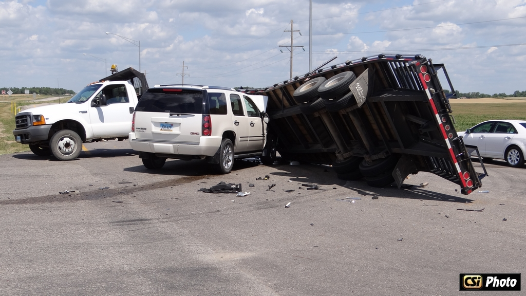Suv Truck Trailer Accident Injures Two