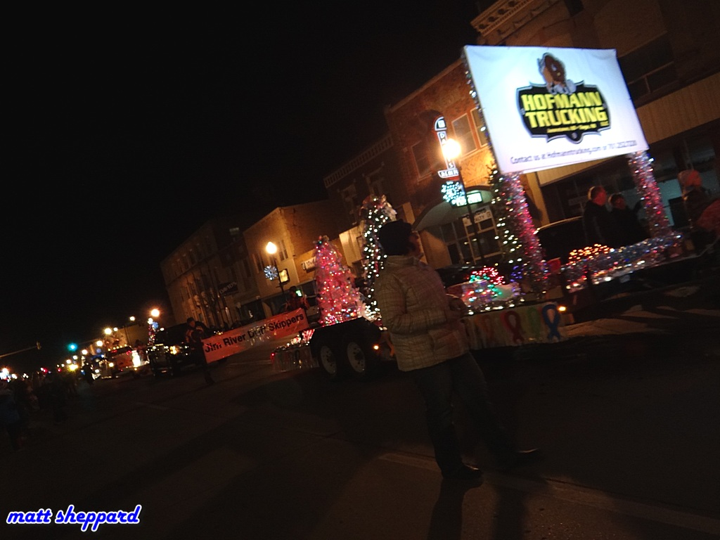 2015 Holiday Dazzle on Main Parade - Video on CSi TV 10 The Replay Channel