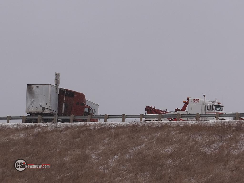 I-94 semi accident snarls traffic Thurs am