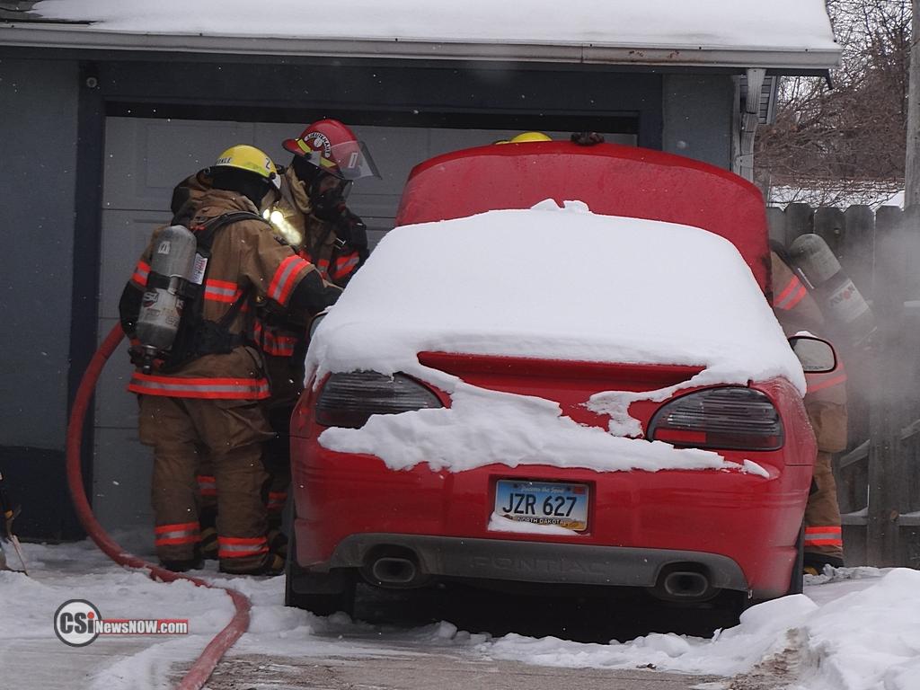 Car Fire SE Jamestown     CSi photos