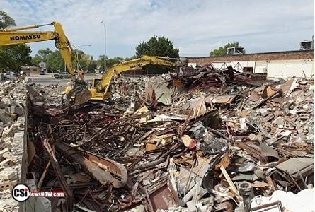 Former Eagles building demolition Continues