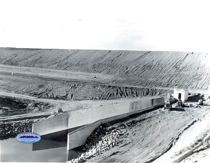 Building the James River Dam circa 1952-1953
